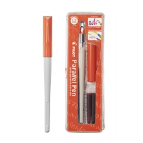 百乐 PILOT 日本百乐美工钢笔 FP3-15-SS 1.5mm (黑色/红色) 笔*1+墨胆*2