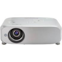 松下 Panasonic 投影机 PT-BX631C  (5200/XGA/10000:1)线、辅材及安装等费用详询客服