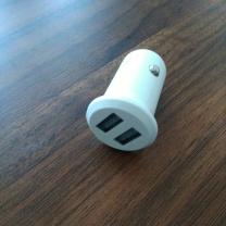 国产 车载充电器标准版 (白色) 快充2接口